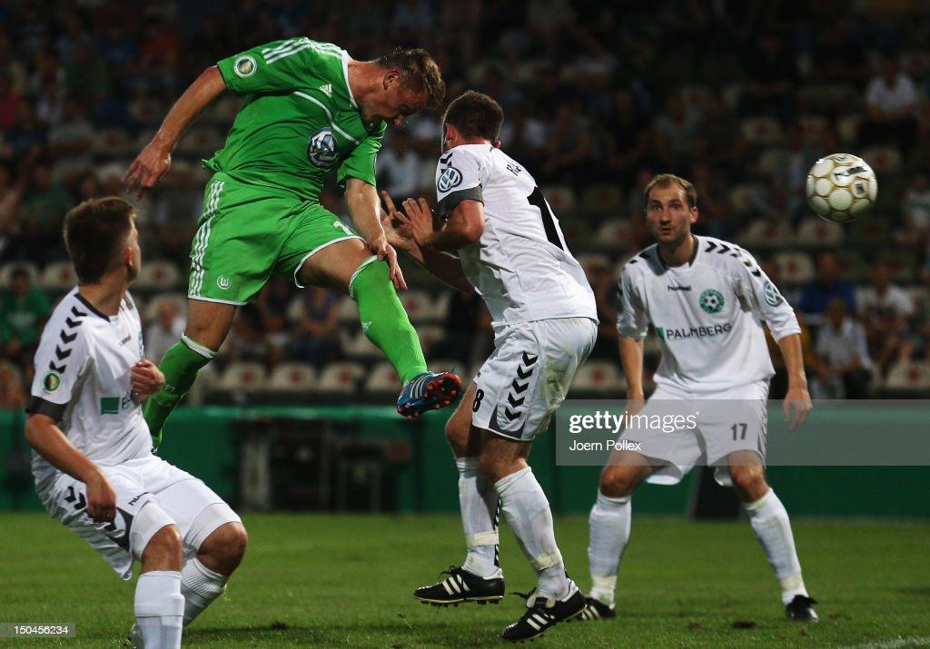 FC Schoenberg 95 v VfL Wolfsburg - DFB Cup