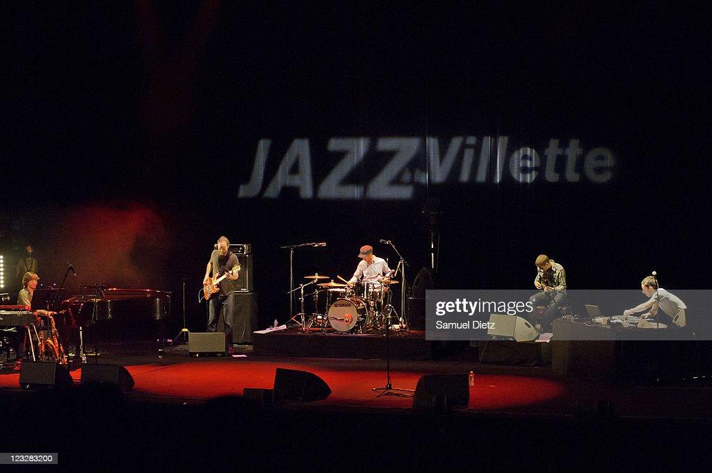 Cinematic Orchestra In Concert For Jazz A La Villette 2011 : ニュース写真