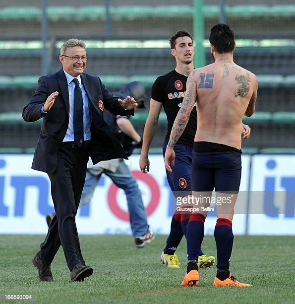 Ivo Pulga head coach of Cagliari and Mauricio Pinilla celebrate the victory after the Serie A match between Cagliari Calcio and FC Internazionale...