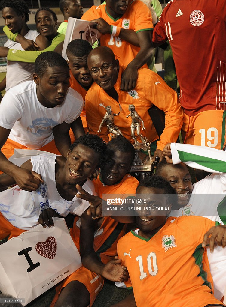 Ivory Coast players celebrate with their