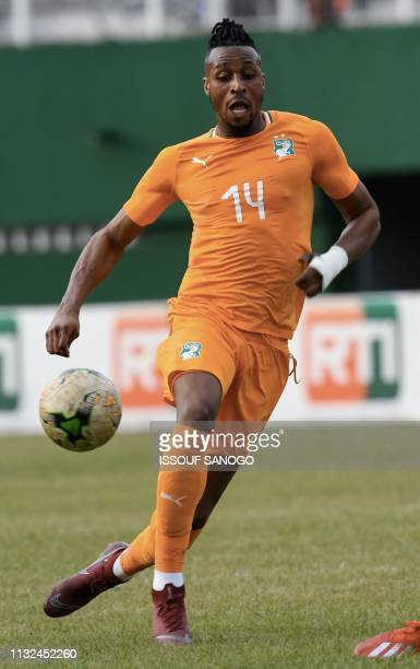 Ivory Coast's forward Jonathan Kodjia controls the ball during the 2019 African Cup of Nations Group H qualification football match between Ivory...