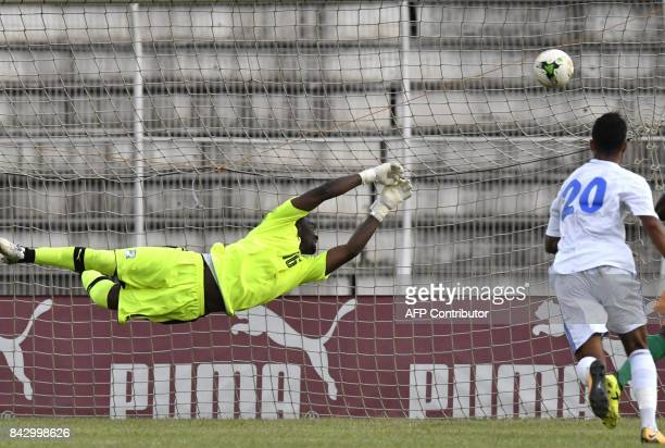 Ivory Coast's goalkeeper Sylvain Gbohouo fails to catch a goal, during the 2018 World Cup Qualifiers match between Ivory Coast and Gabon, at the...
