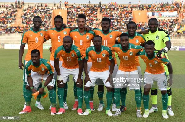 Ivory Coast's players poses before the 2019 Africa Cup of Nations qualifying football match between Ivory Coast and Guinea at the Stade de la Paix in...
