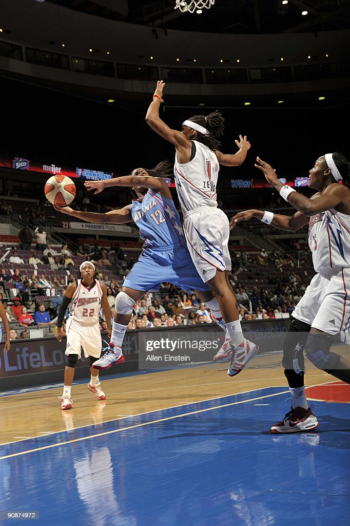 Atlanta Dream v Detroit Shock, Game 1