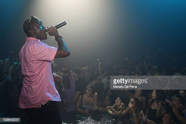 Iyaz performs at Webster Hall on August 21 2010 in New York City