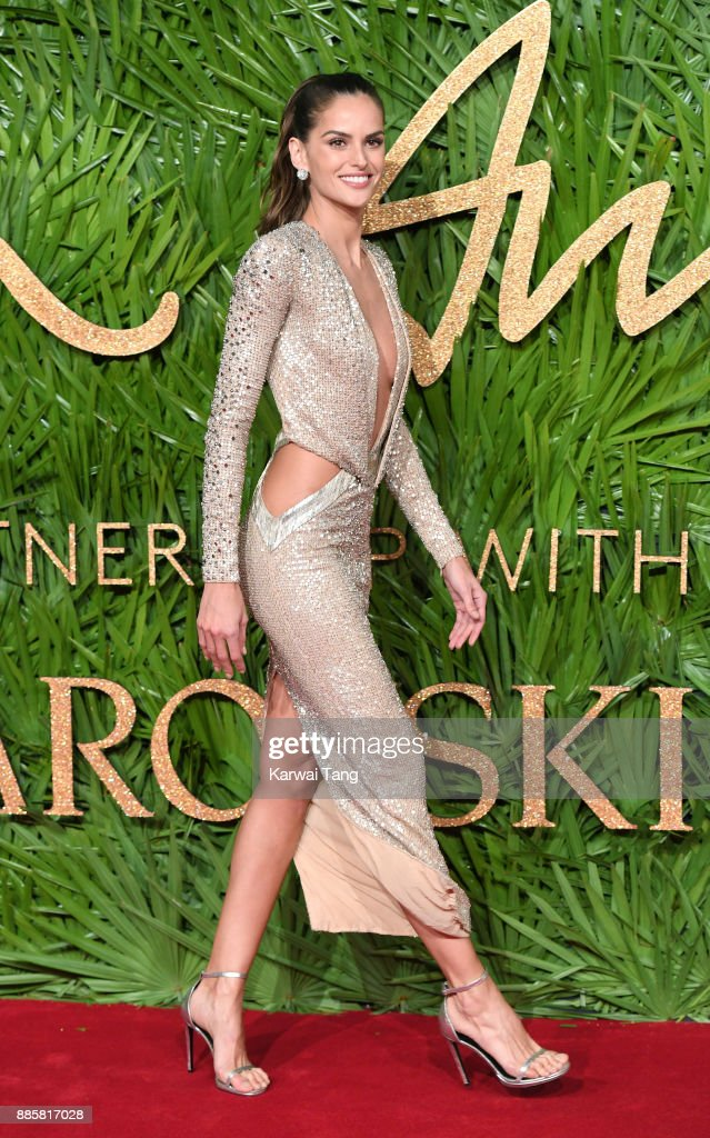 Izabel Goulart attends The Fashion Awards 2017 in partnership with Swarovski at Royal Albert Hall on December 4, 2017 in London, England.
