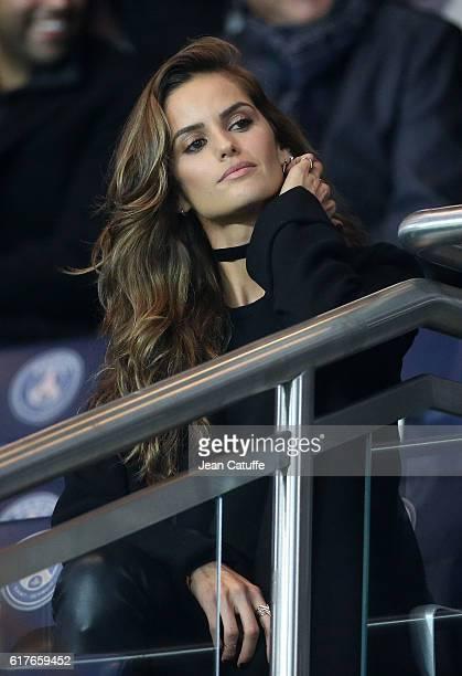 Izabel Goulart attends the French Ligue 1 match between Paris SaintGermain PSG and Olympique de Marseille at Parc des Princes stadium on October 23...