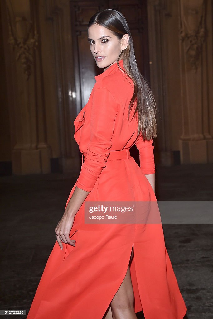 Izabel Goulart attends Vogue Cocktail Party honoring photographer Mario Testino on February 27, 2016 in Milan, Italy.