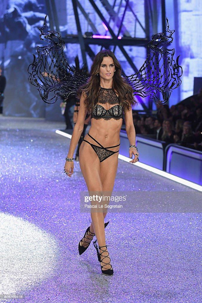 Izabel Ahe naked 933