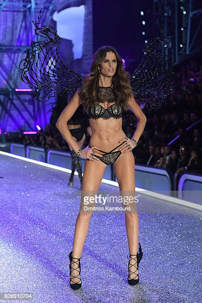 Izabel Goulart walks the runway during the 2016 Victoria's Secret Fashion Show on November 30 2016 in Paris France