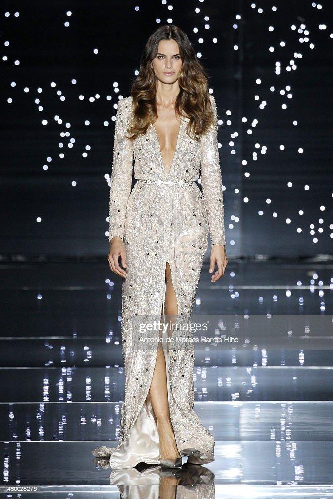 Zuhair Murad : Runway - Paris Fashion Week - Haute Couture Fall/Winter 2015/2016