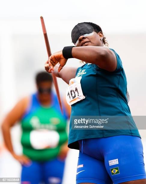 Izabela Silva Campos competes in the Women's javelin finals at Brazilian Paralympic Training Center during day two of the 2017 Loterias Caixa...
