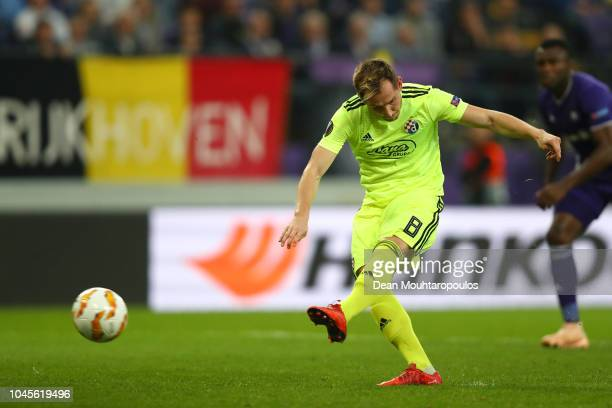 Izet Hajrovic of Dinamo Zagreb scores his team's first goal during the UEFA Europa League Group D match between RSC Anderlecht and Dinamo Zagreb at...