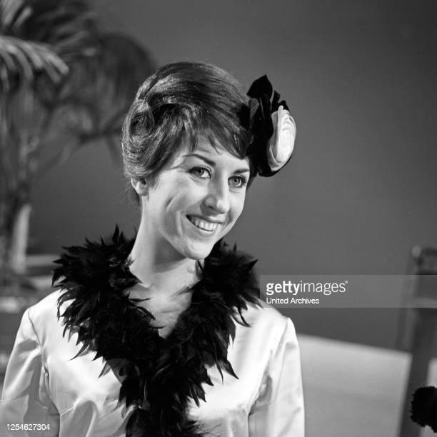 Ja, das ist Musik!, Musiksendung, Deutschland 1962; Gaststar: Angelina Monti.
