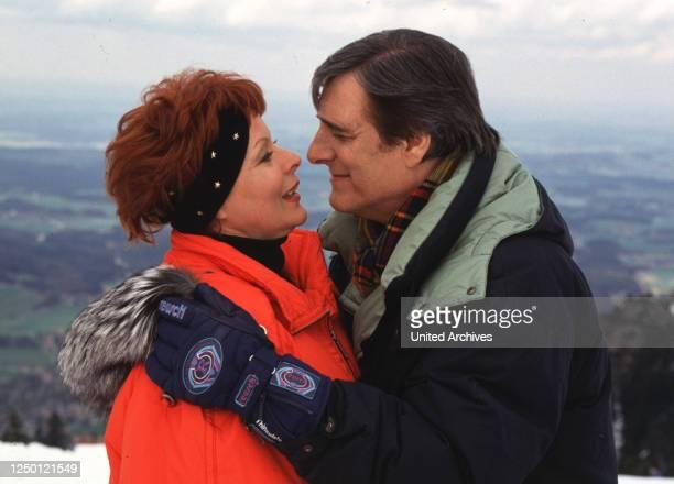 Ja mei..., D 1994, Regie: Kai Borsche, LONI VON FRIEDL, HELMUT FISCHER, Stichwort: Winter, Kälte, Berge.