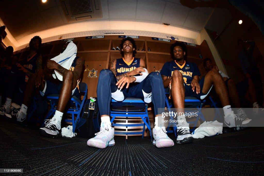 NCAA Basketball Tournament - First Round - Hartford : Foto jornalística