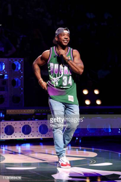 Ja Rule performs during the halftime of the Minnesota Timberwolves and Milwaukee Bucks game on February 23 2019 at the Fiserv Forum Center in...