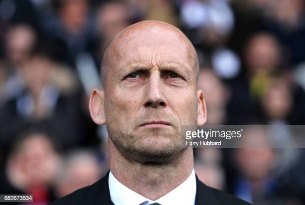Jaap Stam Manager of Reading looks on prior to the Sky Bet Championship Play off semi final 1st leg match between Fulham and Reading at Craven...