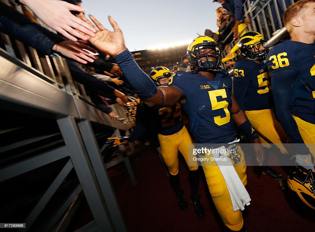 Jabrill Peppers #5 of the Michigan Wolverines leaves the field after a 41-8 win over the Illinois Fighting Illini on October 22, 2016 at Michigan Stadium in Ann Arbor, Michigan.