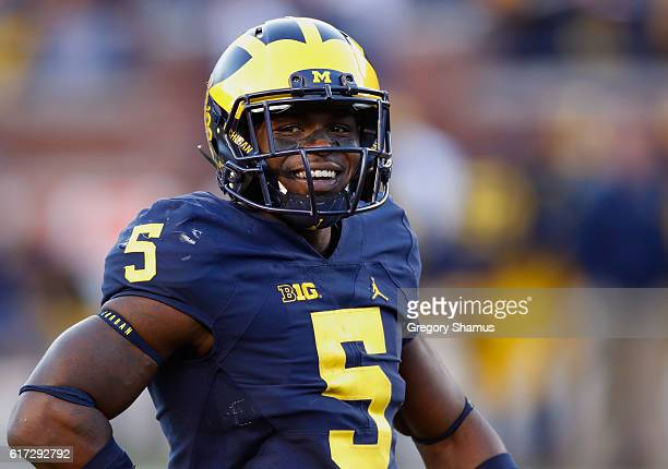Jabrill Peppers of the Michigan Wolverines looks on while playing the Illinois Fighting Illini on October 22 2016 at Michigan Stadium in Ann Arbor...