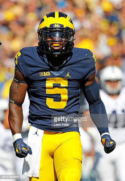 Jabrill Peppers of the Michigan Wolverines looks to the sidelines during the first quarter of the game against the Penn State Nittany Lions at...