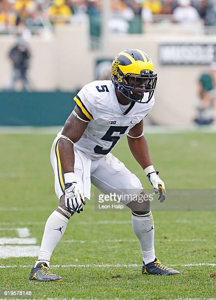 Jabrill Peppers of the Michigan Wolverines looks to the sidelines during the second quarter of the game against the Michigan State Spartans at...