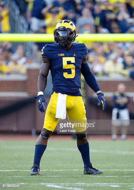 Jabrill Peppers of the Michigan Wolverines Michigan Wolverines looks to the sidelines during the third quarter of the game against the Penn State...