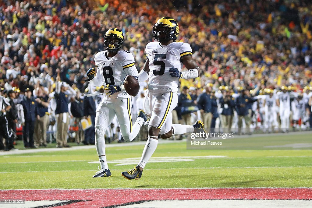 Jabrill Peppers #5 of the Michigan Wolverines runs into the endzone after a punt return, which was later called back due to a penalty, against the Rutgers Scarlet Knights at High Point Solutions Stadium on October 8, 2016 in Piscataway, New Jersey.