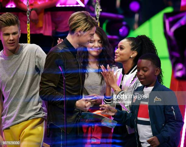 Jace Norman accepts the Favorite TV Actor award for 'Henry Danger' from Lilimar Hernandez Owen Joyner and Daniella Perkins onstage at Nickelodeon's...