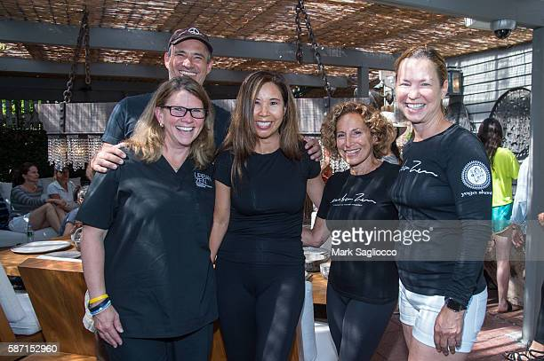 Jaci Hugg David Brown Hannah Han Barbara Hennessey and Hilary Chasi attend the Morning Mediation with Hamptons Magazine Urban Zen on August 7 2016 in...
