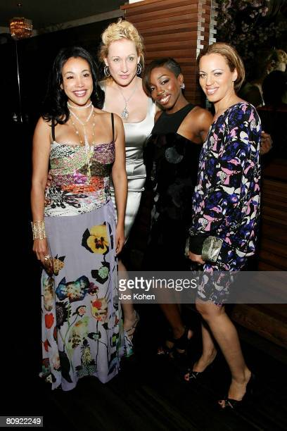 "Jaci Reid, Amy Sacco, Estelle and Drew Dixon attend a private dinner celebrating the release of Estelle's debut album ""Shine"" at Bette restaurant on..."