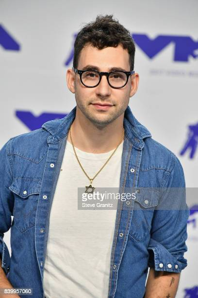 Jack Antonoff attends the 2017 MTV Video Music Awards at The Forum on August 27, 2017 in Inglewood, California.