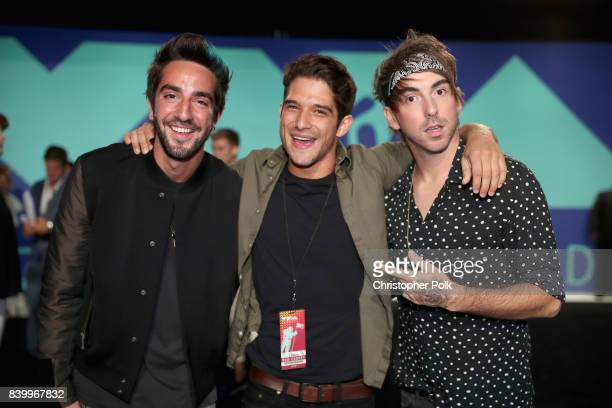 Jack Barakat of All Time Low Tyler Posey and Alex Gaskarth of All Time Low attend the 2017 MTV Video Music Awards at The Forum on August 27 2017 in...