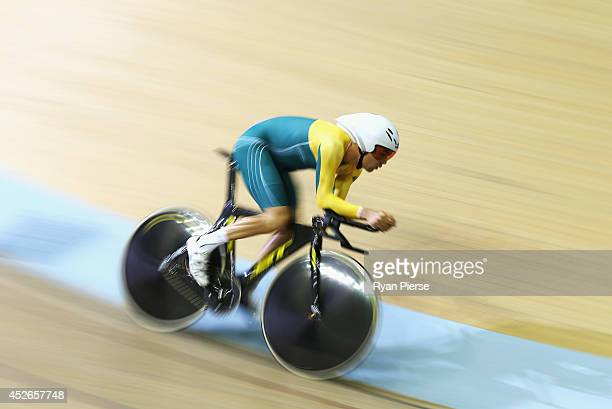 Jack Bobridge of Australia competes in the Men's 4000m Individual Pursuit Qualifying at Sir Chris Hoy Velodrome during day two of the Glasgow 2014...