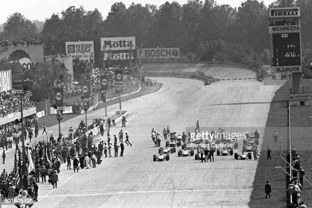 Jack Brabham Bruce McLaren Jim Clark Dan Gurney Chris Amon Grand Prix of Italy Autodromo Nazionale Monza 10 September 1967 Cars on the starting grid...