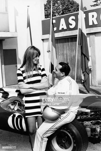 Jack Brabham Françoise Hardy BrabhamRepco BT19 Grand Prix of Italy Autodromo Nazionale Monza 04 September 1966 Jack Brabham with french singer and...