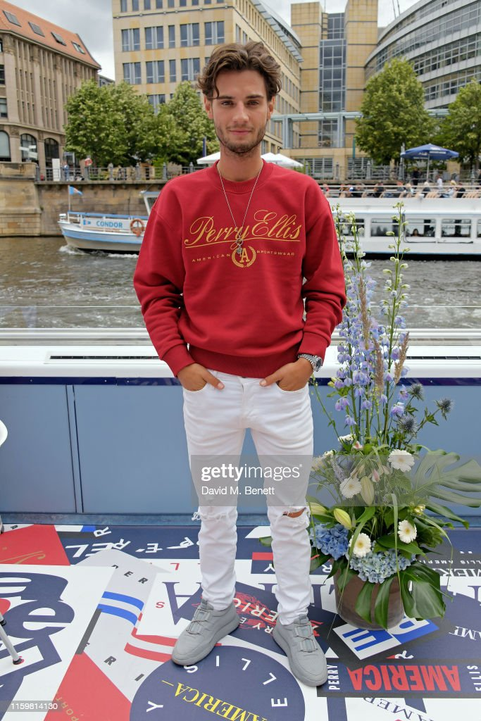 European Launch Of Perry Ellis America - Lunch Cruise : News Photo