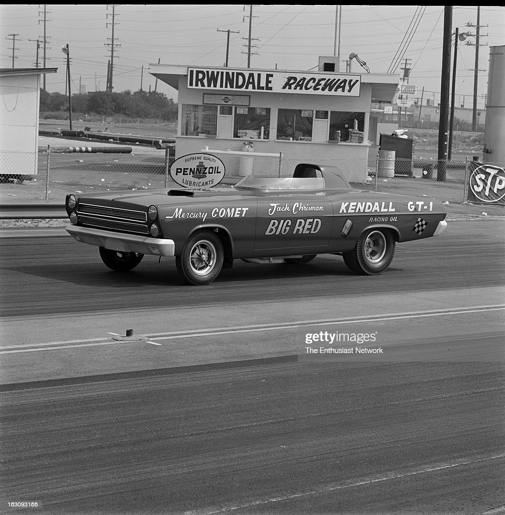 "Jack Chrisman ""Big Red"" Super Cyclone Roadster Mercury Comet Funny Car Test - Irwindale Raceway : News Photo"
