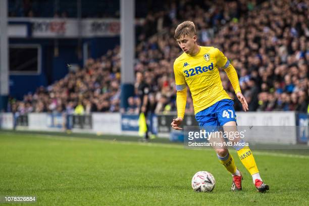 Jack Clarke of Leeds United control ball during the FA Cup Third Round match between Queens Park Rangers and Leeds United at Loftus Road on January 6...