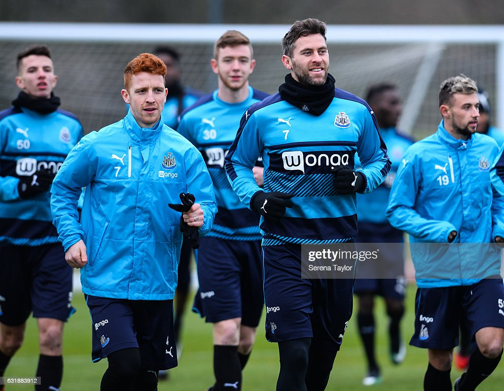 Jack Colback (L) and Daryl Murphy (R) warm up during the Newcastle United Training Session at The Newcastle United Training Centre on January 17, 2017 in Newcastle upon Tyne, England.
