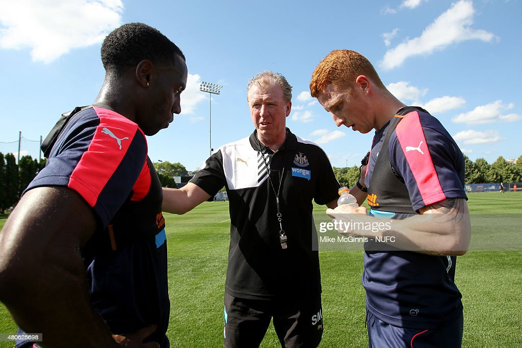 Jack Colback #14 of the Newcastle United talks to Manager Steve McClaren during practice at Marquette University Valley Fields on July 13, 2015, in Milwaukee, Wisconsin.
