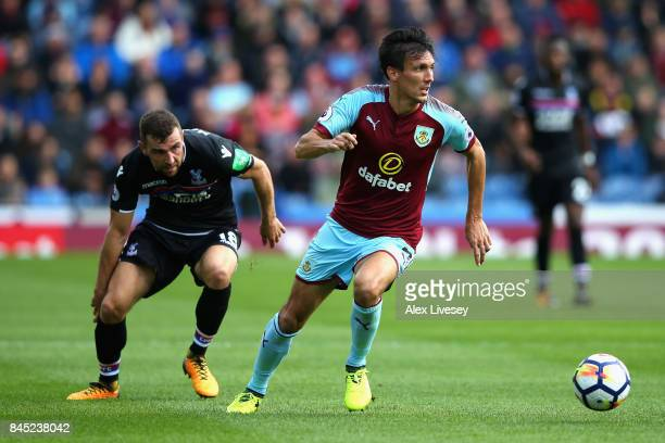 Jack Cork of Burnley and James McArthur of Crystal Palace in action during the Premier League match between Burnley and Crystal Palace at Turf Moor...