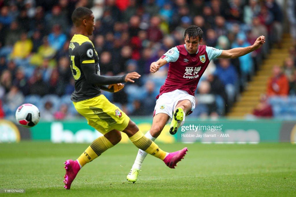 Burnley FC v Southampton FC - Premier League : News Photo