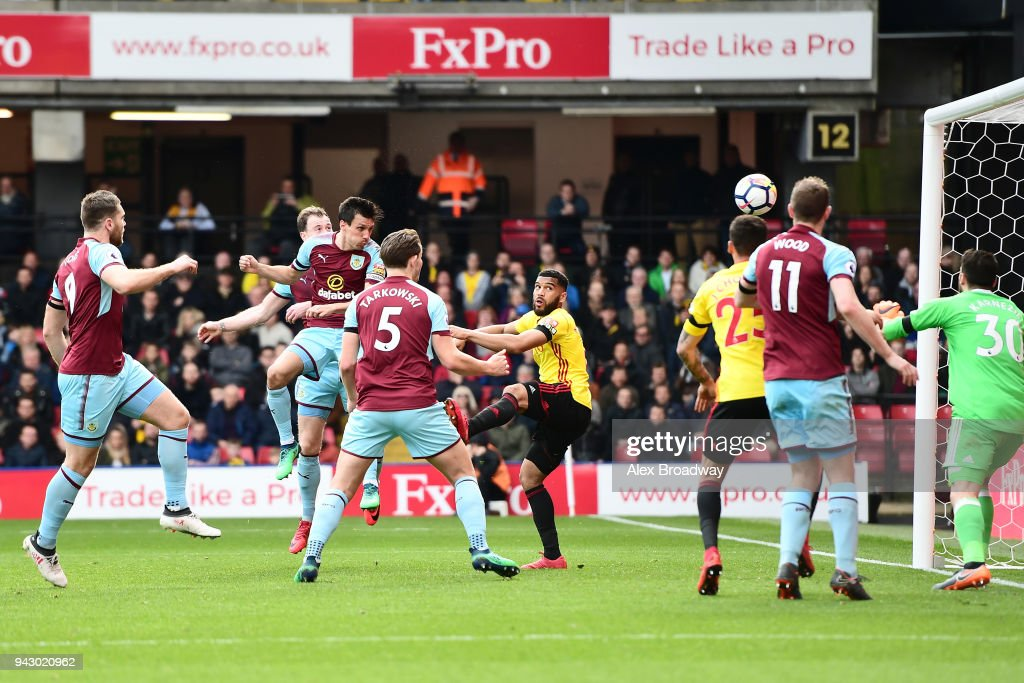 Jack Cork of Burnley scores his side's second goal during the Premier League match between Watford and Burnley at Vicarage Road on April 7, 2018 in Watford, England.