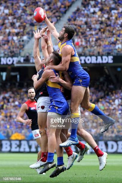 Jack Darling of the Eagles contests for a mark during the AFL Prelimary Final match between the West Coast Eagles and the Melbourne Demons on...