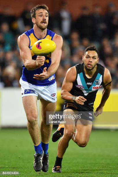 Jack Darling of the Eagles handballs during the AFL First Elimination Final match between Port Adelaide Power and West Coast Eagles at Adelaide Oval...