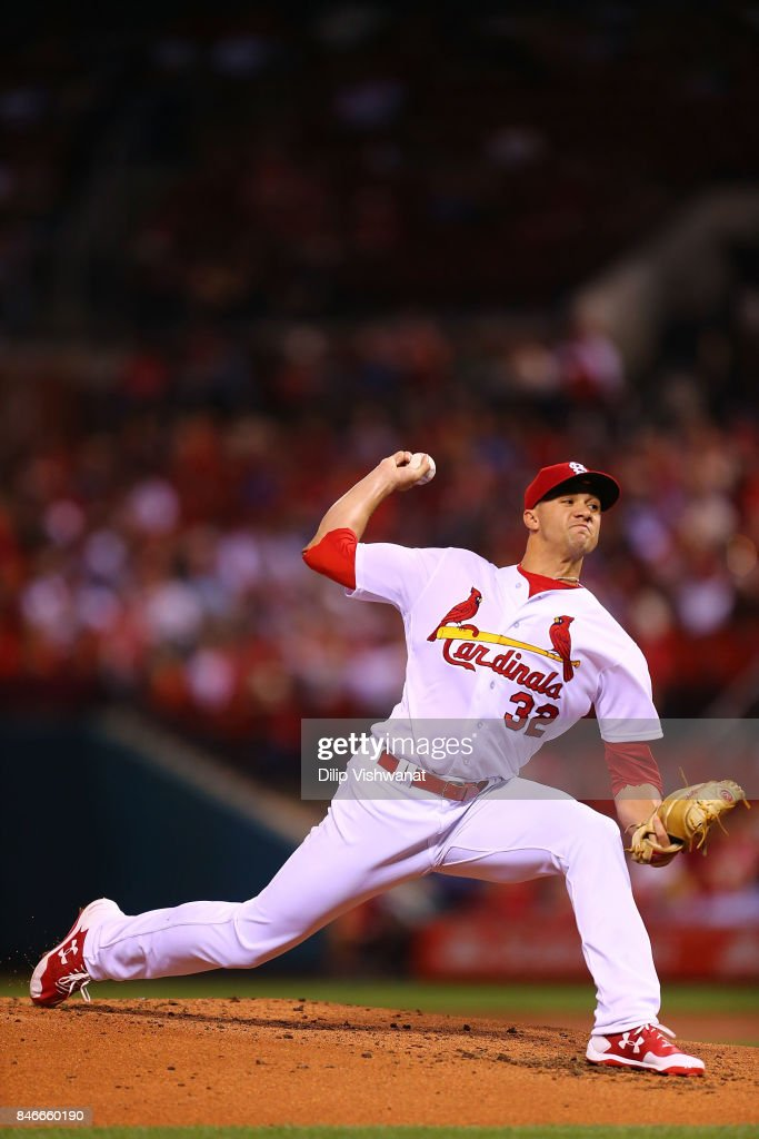 Jack Flaherty #32 of the St. Louis Cardinals pitches against the Cincinnati Reds in the second inning at Busch Stadium on September 13, 2017 in St. Louis, Missouri.