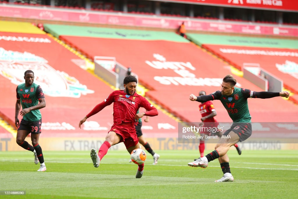 Liverpool FC v Aston Villa - Premier League : News Photo
