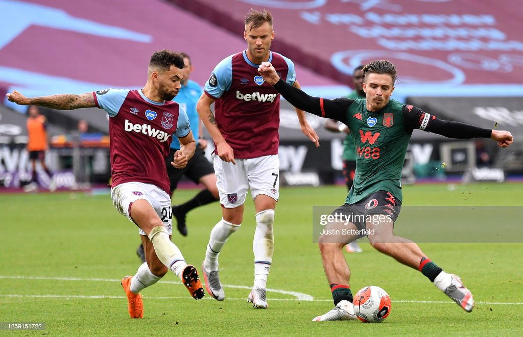 West Ham United v Aston Villa - Premier League : ニュース写真