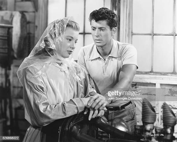 Jack Greer urges Carrie Turner to marry him before he goes into boot camp in this scene from the 1951 film I Want You